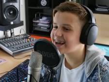 Max uit Houten vliegt 'met gezonde spanning' naar Minsk voor finale Junior Eurovisie Songfestival