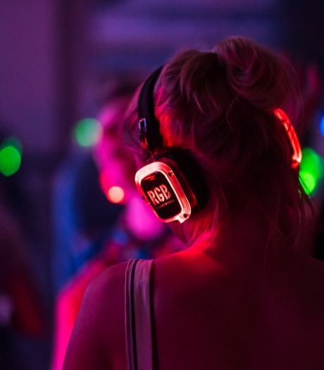 Lekker dansen tijdens Silent Disco in Wageningen