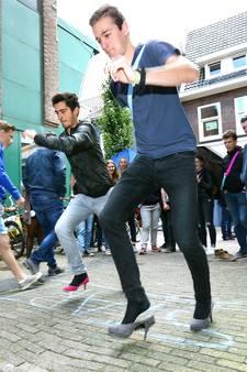 De introductiedagen beginnen weer: op hoge hakken door Wageningen