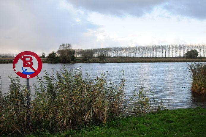 Ook aan de Boerekreek in Sint-Laureins kan je gaan wandelen.