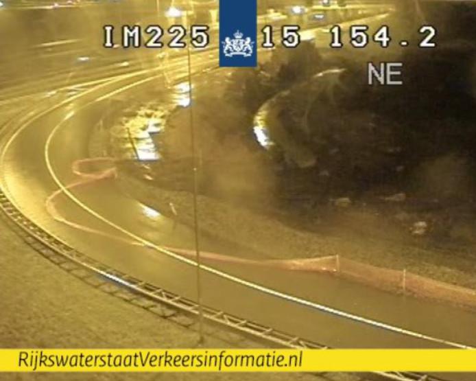 Netten op de A50-A15 bij Valburg.