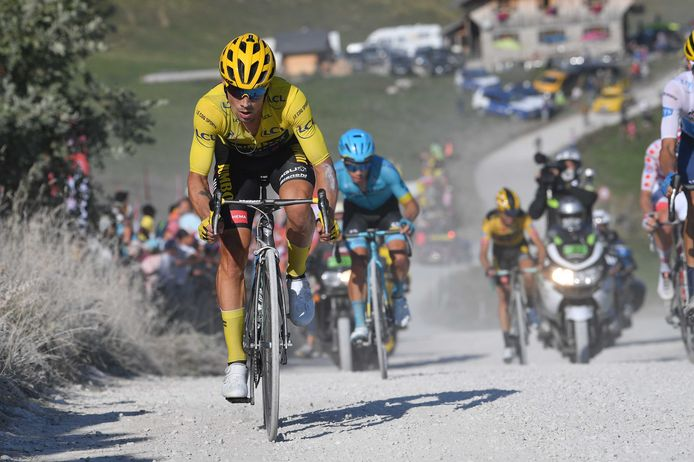 Primoz Roglic vandaag tijdens etappe 18 in de Tour de France.