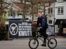 Zwarte schermen voor de lijdende horeca in Wijchen: 'Voor veel zaken is het nu eigenlijk al klaar'