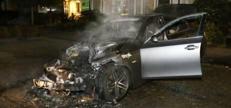 BMW brandt af aan de Derde Rompert in Den Bosch