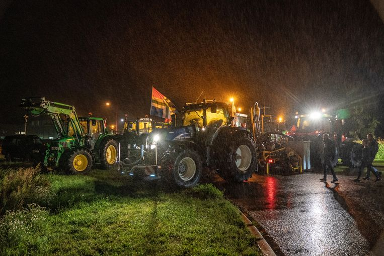 Protest bij het distributiecentrum van Lidl in Herenveen.