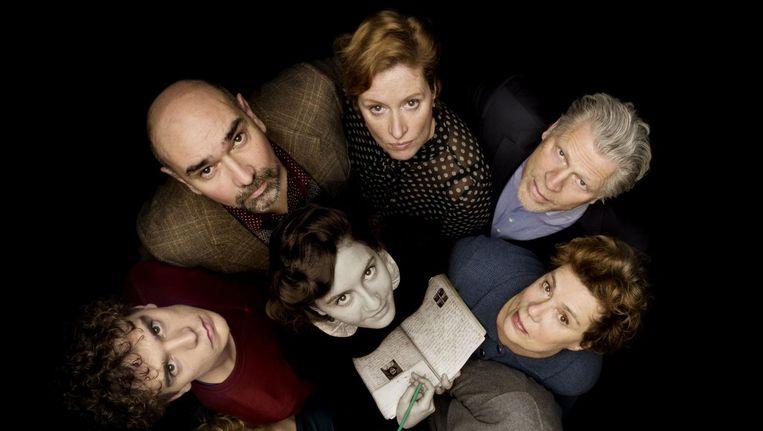 Een deel van de cast van Achter Het Huis. Beeld Piek/Hummelinck Stuurman