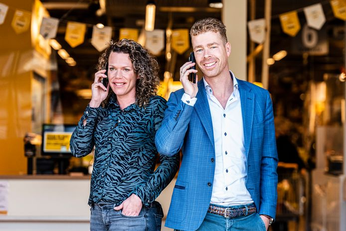 Jumbo ondernemers en initiatiefnemers van de supersnelle corona teststraat, Anne en Bas Bobeldijk
