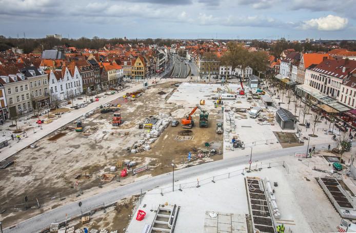 Werken aan wegen in de stad leveren heel vaak meerkosten op, de laatste jaren tot vier miljoen euro.