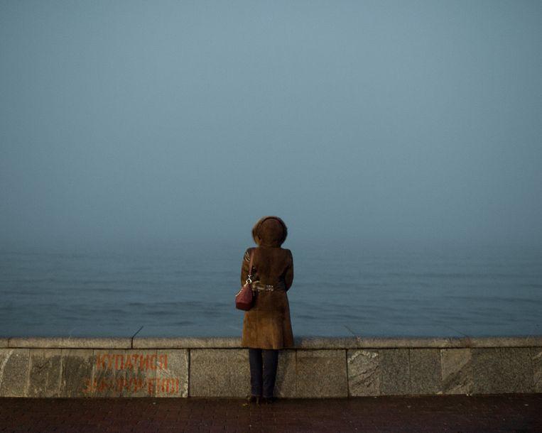 Uitzicht over de zee van Azov vanaf de kade van Berdjansk. Beeld Emile Ducke