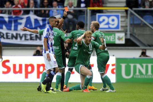 FC Groningen furieus na de rode kaart van Letschert