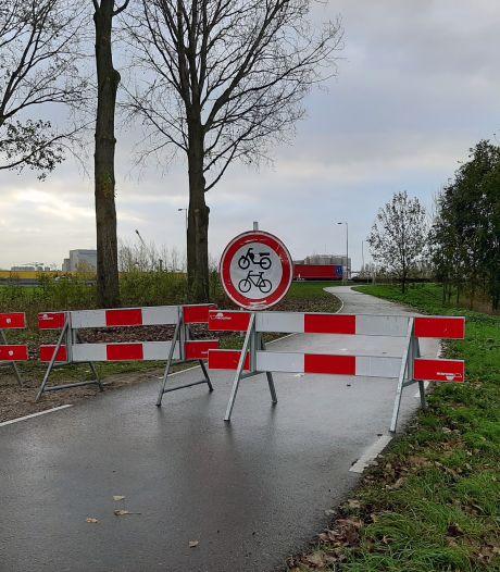 Te zware tractoren rijden stiekem over de Merwedebrug, Rijkswaterstaat gooit fietspad op slot