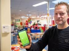 Sensoren meten lucht in alle openbare scholen Hardenberg: app tipt als ramen open moeten
