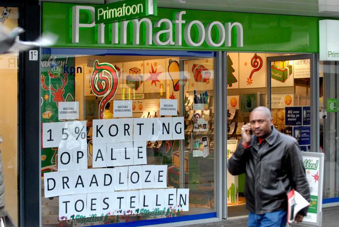 Een Primafoon-filiaal van KPN in Rotterdam (2007), de winkel waar het bedrijf telefoons en abonnementen verkocht.