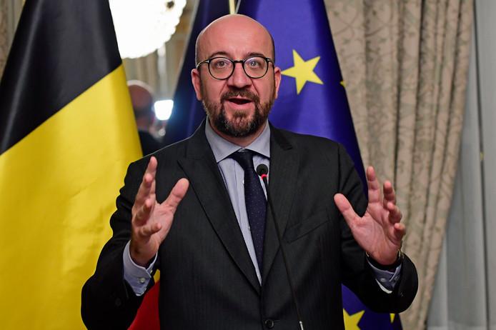 De Belgische premier Charles Michel tijdens een persconferentie na de bijeenkomst met het kernkabinet.