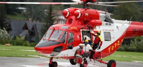 Reddingswerkers ingeschakeld nadat onderzoekers vastzitten in de diepste grot van Polen