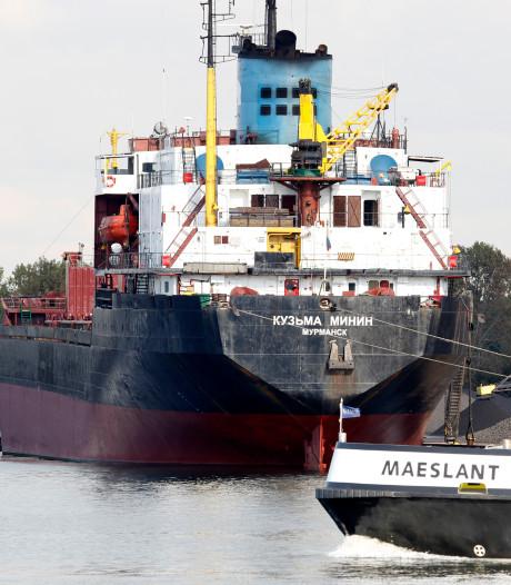 Russisch 'kettingschip' uit Terneuzen vastgelopen voor kust Cornwall