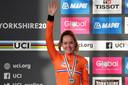 Anna van der Breggen als wereldkampioen.