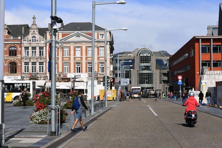 De ANPR-camera op het Martelarenplein in Leuven betrapt dagelijks overtreders.
