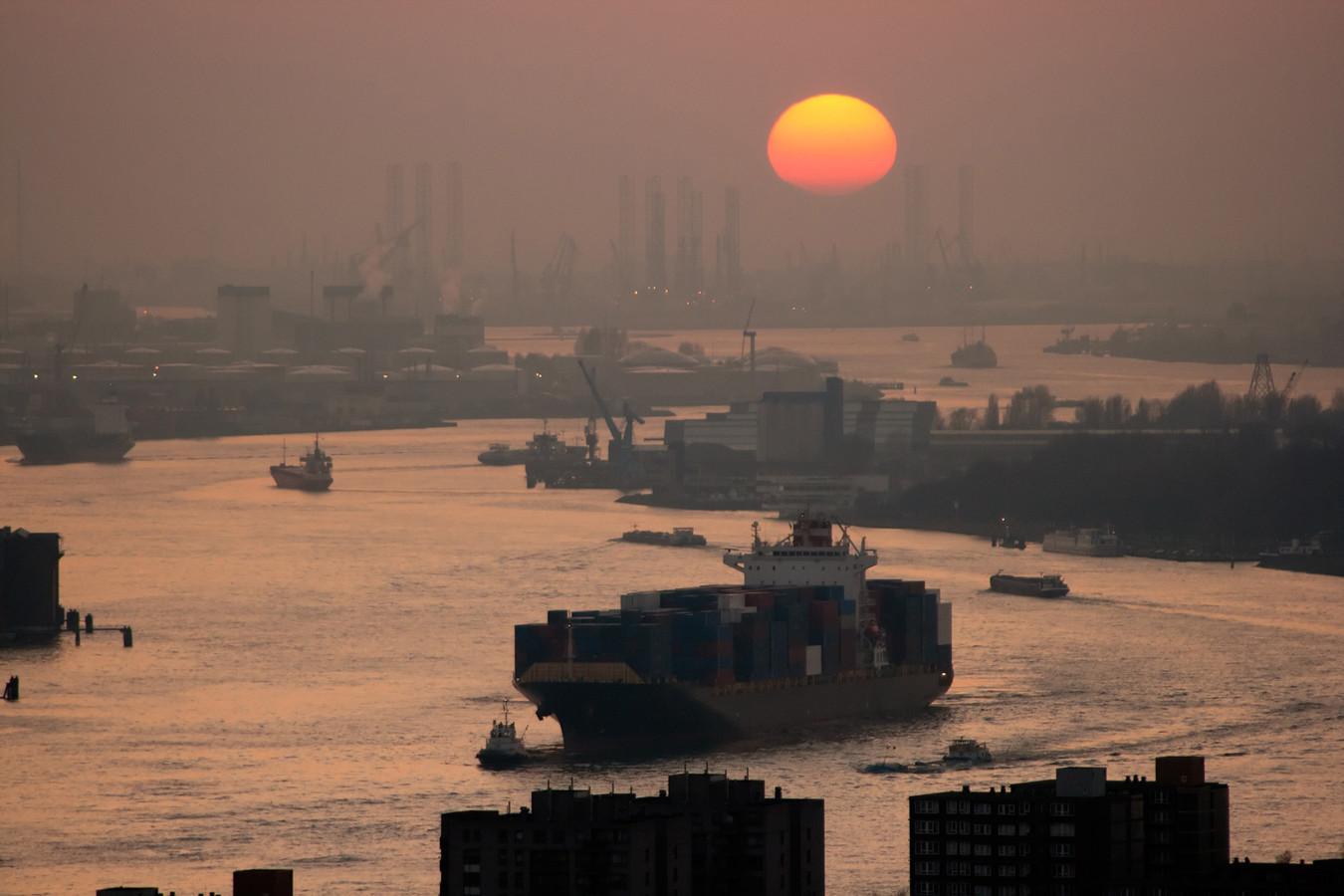 De Rotterdamse haven strikt uitvinders. Een kwart gaat over het milieu.