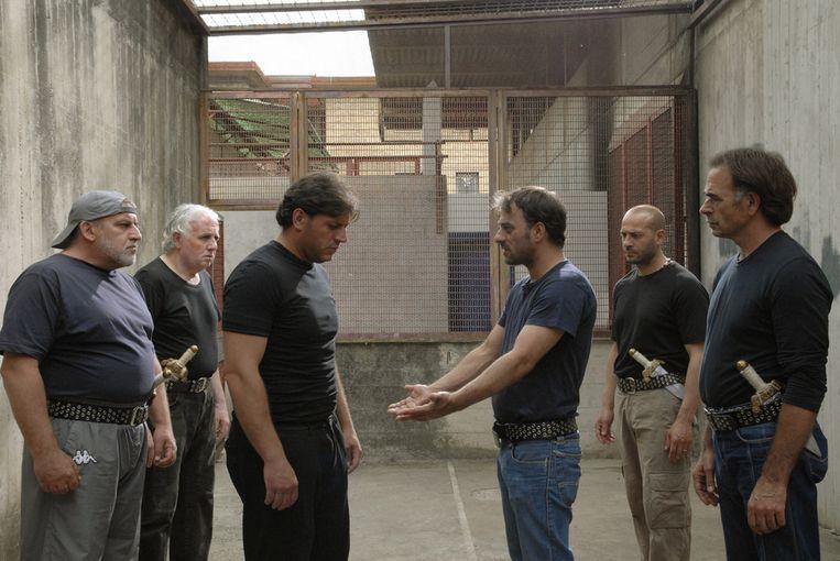 Gevangenen van de zwaarbewaakte Rebibbia-gevangenis in Rome voerden het Shakespeare-drama 'Julius Caesar' op voor hun medegevangenen. Gisteren kregen de gevangenen in Gent de film te zien.