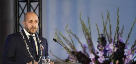 Marcouch veroordeelt moord op Parijse docent: 'Gewelddadige barbaren die parasiteren op een religie'