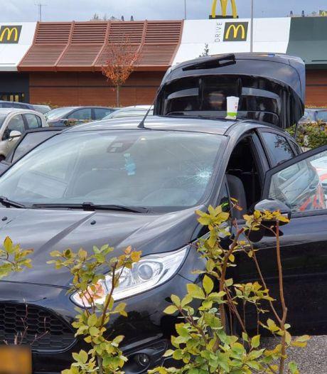 Schietpartij bij Anac Nijmegen en steekpartij bij McDonald's Beuningen: twee gewonden