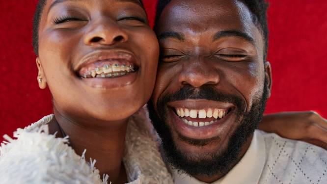 """Smile! Esthetische tandheelkunde zit in de lift, en wel om verschillende redenen: """"Vooral recent gescheiden mannen willen mooiere tanden"""""""