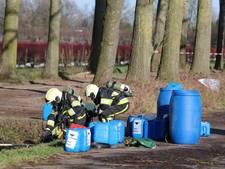 Blauwe vaten met drugsafval gevonden in Veghel