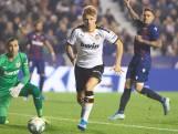 Jasper Cillessen maakt al snel plaats voor Doménech bij derby tegen Levante