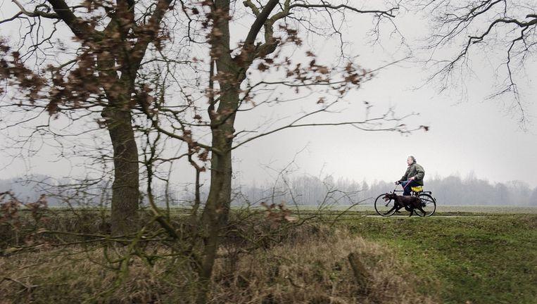 Henk Bleker, Staatssecretaris van Economische Zaken, Landbouw en Innovatie bij zijn landgoed. Foto: Rreyer Boxem Beeld