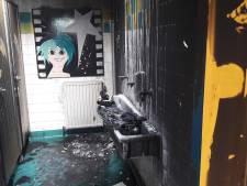 Jongenstoilet in brand; Drunense basisschool rest van de dag dicht