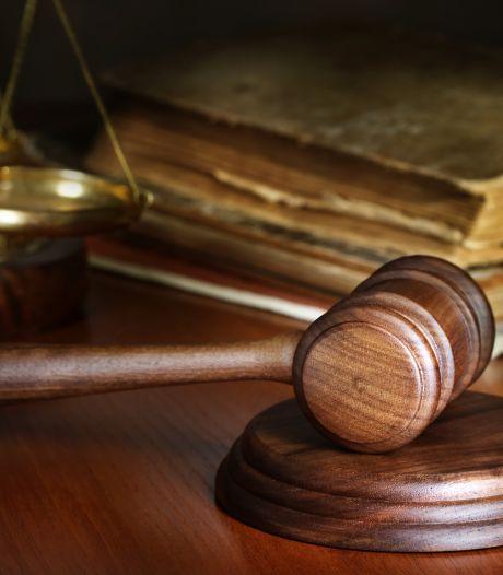 Werknemer verliest stukje van vinger, schoonmaakbedrijf vecht boete bij rechter aan