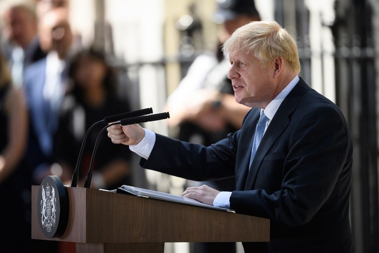Boris Johnson spreekt de media toe op 10 Downing Street. Beeld Getty Images / Leon Neal