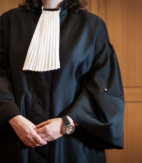 Advocaat loopt kwaad weg tijdens verkrachtingszaak 15-jarig meisje: 'Ik word hier toch niet serieus genomen'