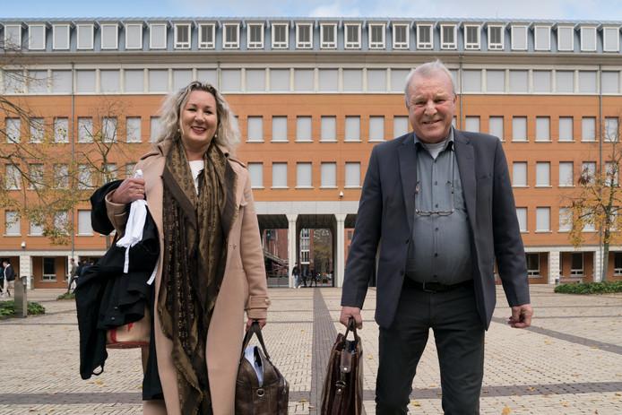 Jos van Son met zijn advocaat Esther Vroegh.