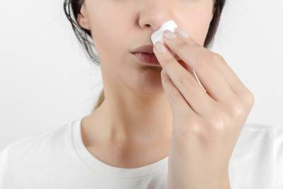 Saignement de nez: les bons et les mauvais gestes