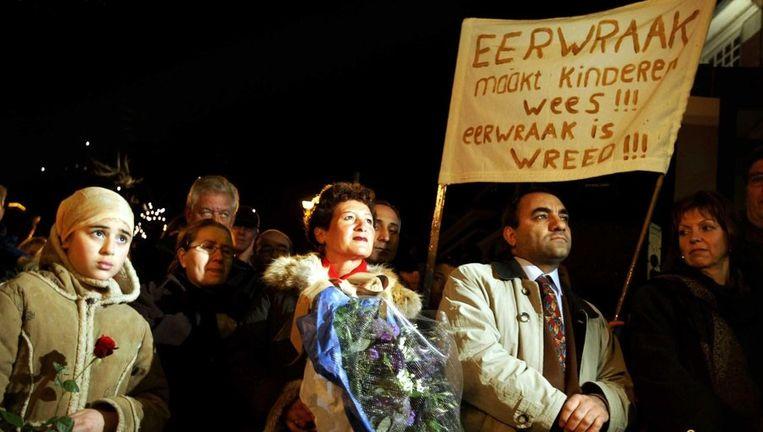 Een demonstratie in Zaandam tegen eerwraak, 2004. Beeld anp