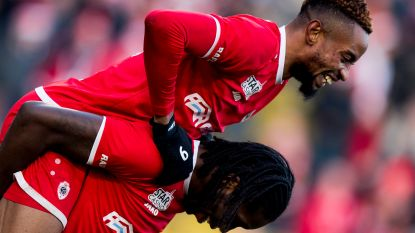 """Het jaaroverzicht per club (Antwerp en Standard): """"Mbokani liet de fans -heel even- dromen"""" en """"Standard pakt dit seizoen de titel"""""""