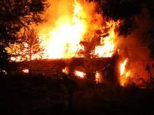 Loods met hooi volledig uitgebrand bij Kapelle
