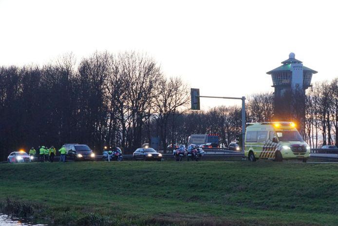 De agent raakte gewond op de oprit van de A28 bij de Lichtmis.