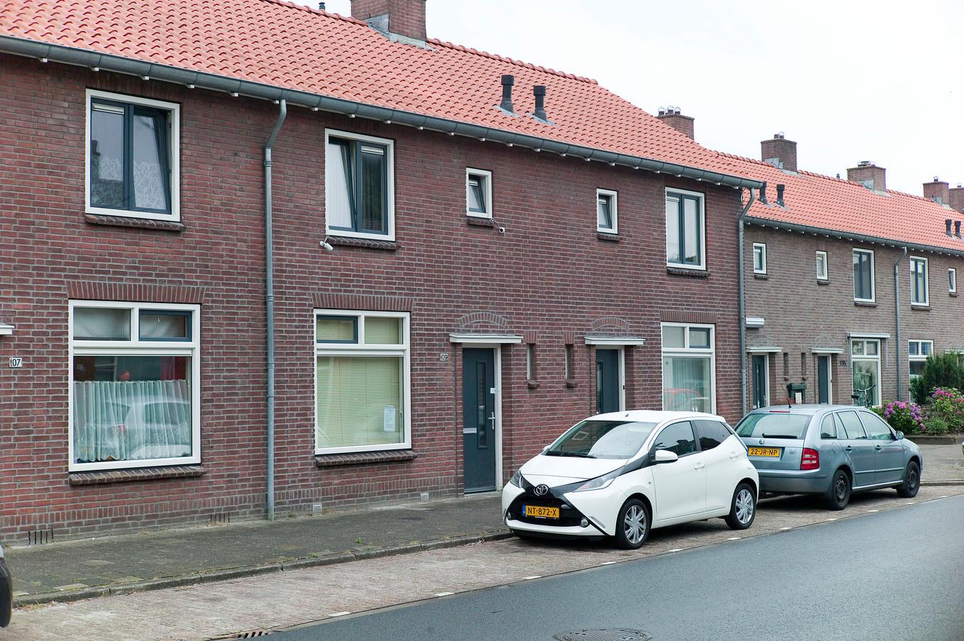 Schipholtstraat 109 is op last van Onno van Veldhuizen gesloten.