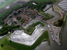 Willemstadters boos en bang: 'Weg met aanlegsteiger!'