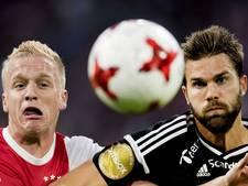 LIVE: Ajax met de schrik vrij bij reuzenkans Bendtner