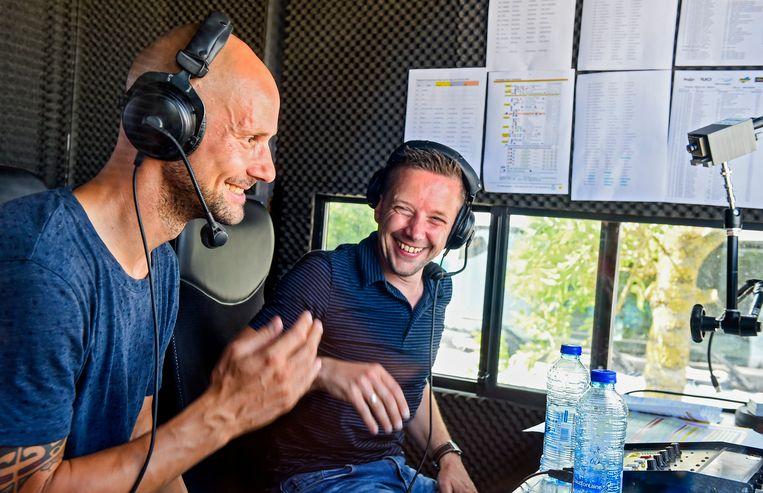 """Boonen en Casteleyn als commentatoren bij Halle-Ingooigem, het was het eerste en enige optreden van de voormalige renner in die hoedanigheid. """"Ik doe dat gewoon niet graag. Het is niks voor mij."""""""