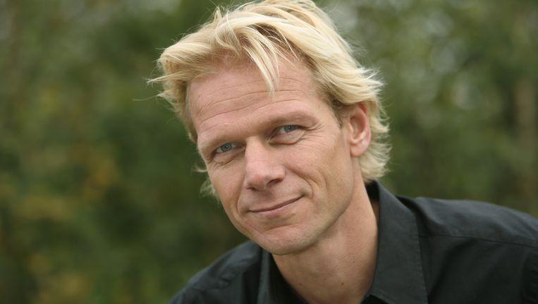 Menno Bentveld een van de presentatoren van Vroege Vogels Tv, een wekelijks magazine over natuur en milieu. Beeld  Freek van Asperen