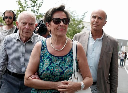 Viviane et Pierre Lambert, à gauche, les parents de Vincent Lambert.