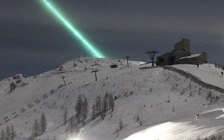 De lichtflits leverde prachtige beelden op in de Alpen.