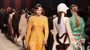 Fendi herdenkt Karl Lagerfeld in emotionele modeshow