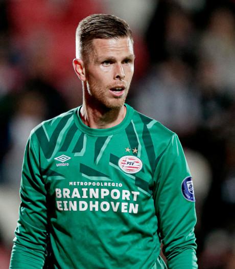 Robbin Ruiter op zijn post bij Jong PSV: 'PSV heeft een uitstekend keepersgilde'