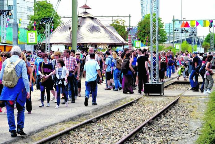 Festival Mundial lokte vorig jaar vele mensen naar de Spoorzone in Tilburg.